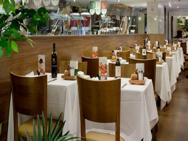 Os restaurantes Viena do Rio de Janeiro e Grande Rio estão com 70 vagas de emprego abertas. São 50 oportunidades para atendente, caixa, ajudante de cozinha e copeiro, dez para gerente trainee e dez para coordenador de loja.