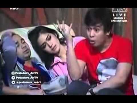 Facebookers di ANTV Terbaru 2014, Olga Berantem Dengan Bencong, olga syahputra facebookers, olga merupakan artis kawakan facebookers. banyak orang yang menge