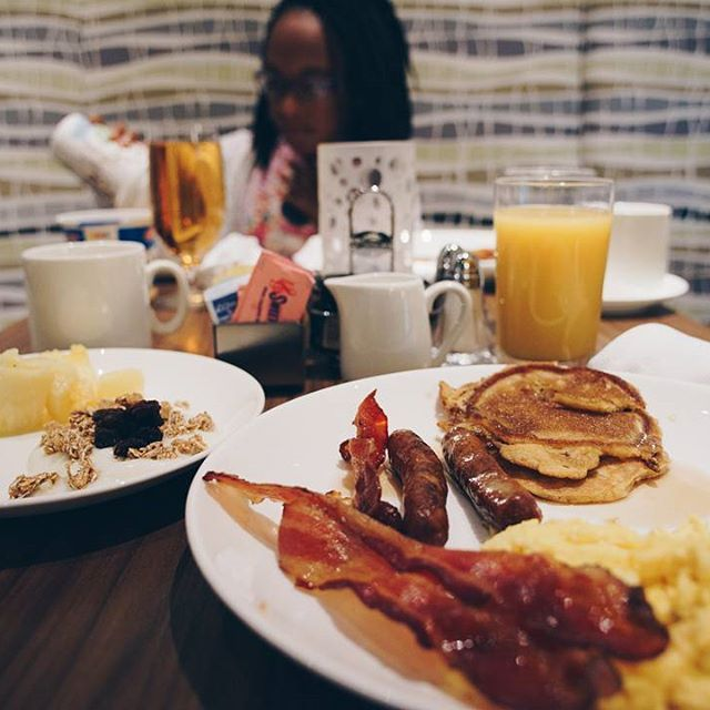 Breakfast Is The Most Important Meal Of The Day We Like To Go All Out At The Guest House At Graceland Photo One901 Workout Food Eat Food Photography