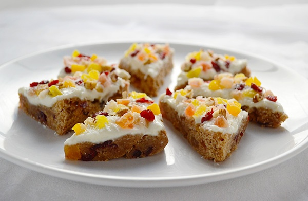 Fruitcake bars with tropical fruit mix.