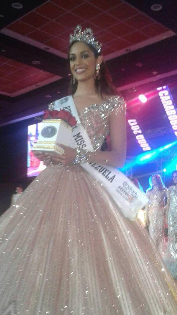Ocultando su identidad, la sobrina de Hugo Chávez compite para ser Miss Venezuela - http://wp.me/p7GFvM-HLM