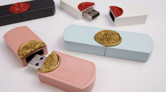 """Porcelain usb flash drive  """"Personal information is fragile! So handle with care.""""."""