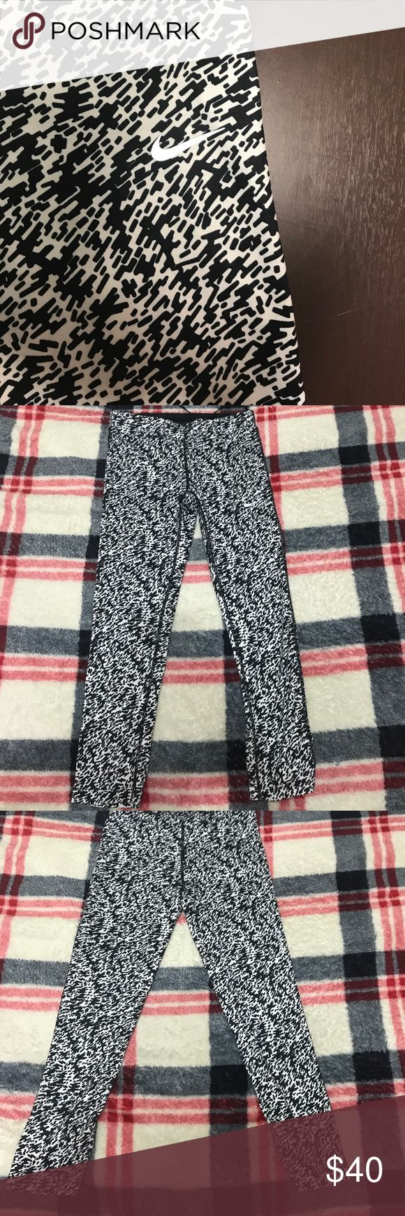 Cute NIKE patterned Capris These stylish black and white leggings will put some more glam into your weekly visits to the gym and will make you feel more confident with a bold taste of style!!! Nike Pants Capris