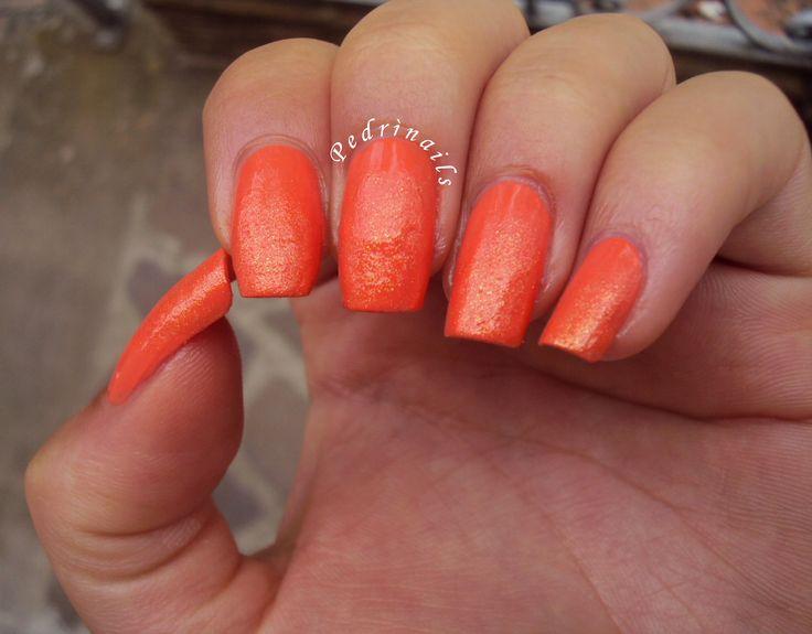 Orange ombre manicure glitter degrade nails - Monarca butterfly wings base