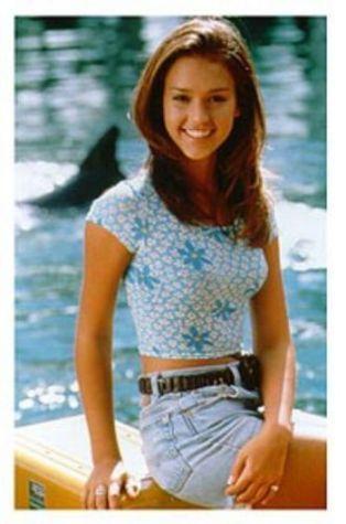 Are Jessica alba young