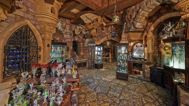 Merlin l'enchanteur | Winkels Disneyland Paris | Disneyland Paris