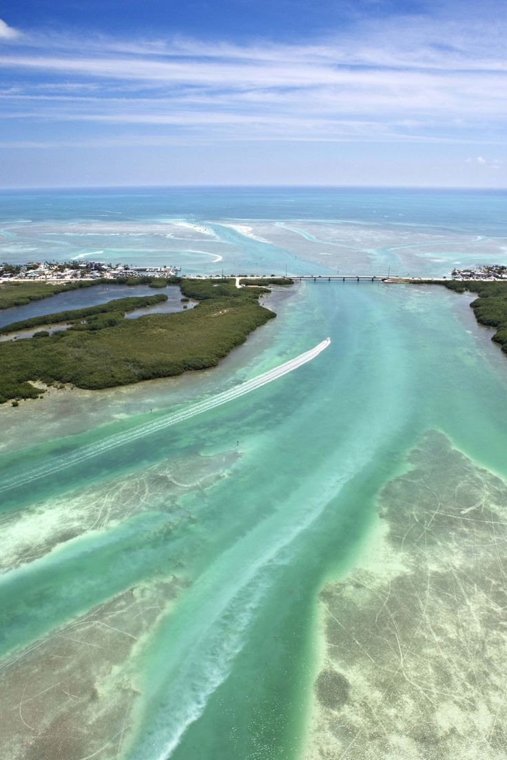 America's Most Beautiful Coastline  Where: Florida Keys, Florida  Why We Love It: Florida is home to over a thousand miles of America's coastline, including the string of tropical islands that make up the state's southern tip.
