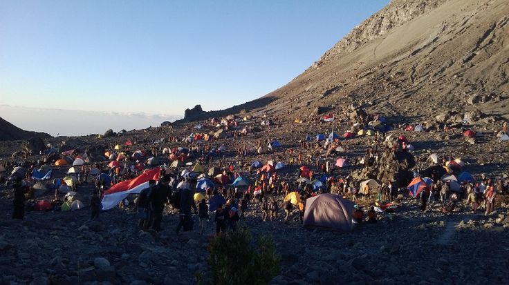 Pasar Bubrah, Gunung Merapi. Diambil tangga 17 Agustus 2014 #merapi #mountain #wonderfulindonesia