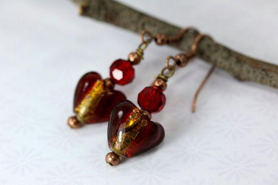 Orecchini in oro orecchini di cristallo rosso di FoldFormations