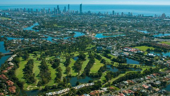 Enjoy yourself at one of the Gold's Coast most challenging golf courses! Surfers Paradise Golf Club is offering 18 holes for two including lunch before or after your round. Normally $130, but today only $71! #golf #golfqld