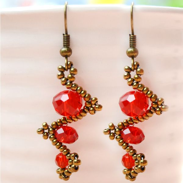 67 best best jewelry making blogs images on pinterest jewellery tutorial on twisted simple beaded earrings i could try making a lot longer fandeluxe Images