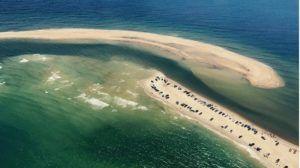 Así es la rara y peligrosa isla que acaba de aparecer en el Triángulo de las Bermudas