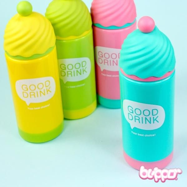 Make your days colorful with this adorable thermos bottle that is decorated to look like an ice cream sundae! The bottle is made from plastic and keeps cold drinks cold and warm drinks warm. Now you can stay hydrated and drink your water, smoothies or juices with cuteness! Available in 4 cute pastel colors.