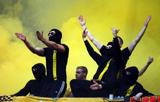 Are you not entertained? | Schalke 04 - Borussia Dortmund 26.10.2013