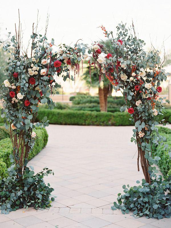 beautiful organic floral wedding altar ideas