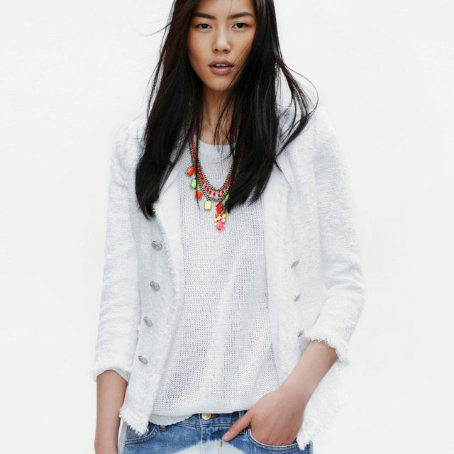 so drawn to white lately.. trying to savor the last of summer ray: Liu Wen, Denim Jeans, White Blazers, Neon Necklaces, Jeans Jackets, Liuwen, Zara April, Bleach Jeans, Spring Style