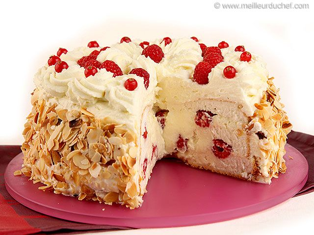 Gâteau des anges surprise - Meilleur du Chef Retrouvez encore plus de recettes sur http://www.meilleurduchef.com !