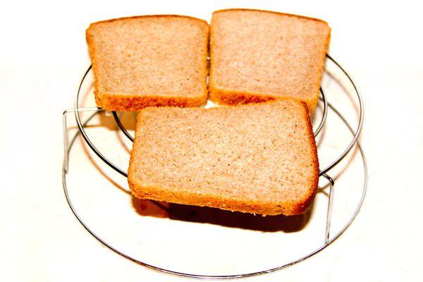 Тост с чесноком сыром