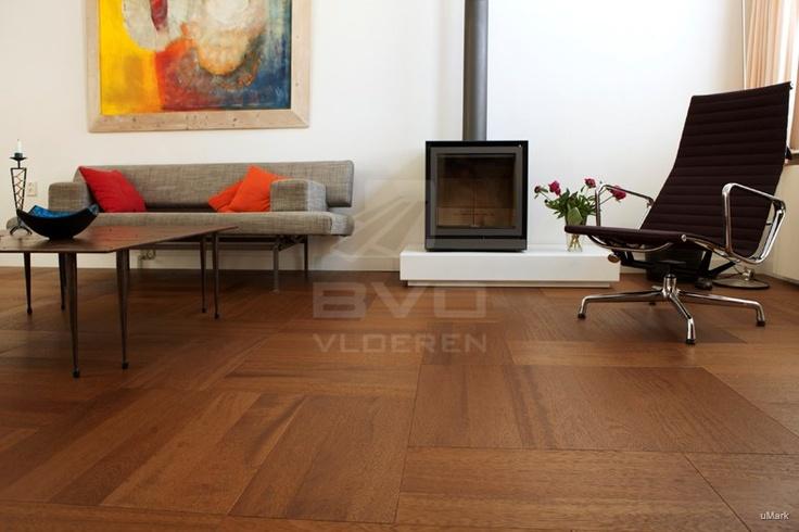 houten vloer wildverband   houtsoort iroko (of kambala)   vierkant of rechthoek patroon   BVO Vloeren