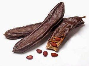 """Alimentazione Naturale: CARRUBA. Riporta in equilibrio colon e intestino. E serve anche da """"cioccolato""""."""