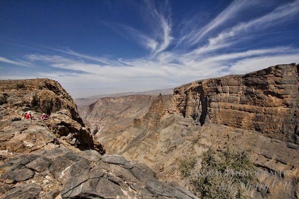 Oman mountain trekking routes and photography of Jabal Akhdar and Jabal Shams…