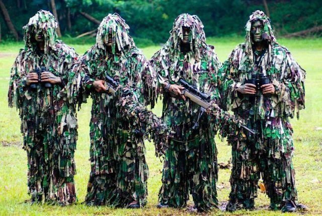 Pasukan Elite Sniper Terbaik Indonesia Kopassus   Nasional, Jakarta  - Penembakan misterius atau s...