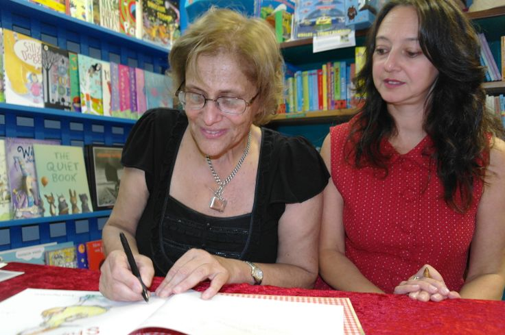Book signing with illustrator Anna Pigantaro and Susanne - Ships in the Field - it's the joy of creating.