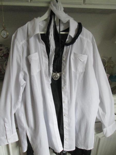 Ber ideen zu elegante blusen auf pinterest for Sportlich elegante damenmode