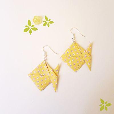 Tuto des bijoux en origami, boucles d'oreilles poisson. Papiers pliés, très facile à faire à et refaire soi-même !