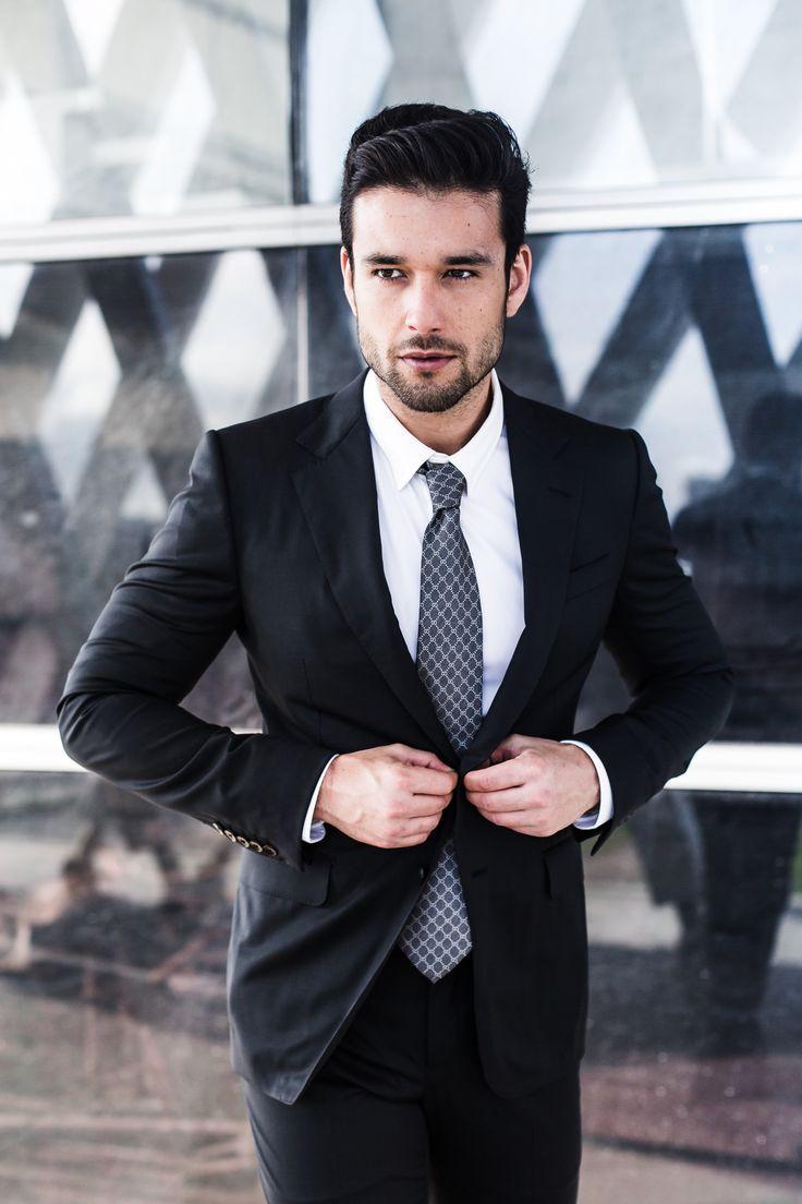 .: Sérgio Marone é o novo correspondente do E!