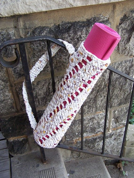 Knitting Pattern Yoga Mat Tote : 1000+ images about Plarn projects on Pinterest Crochet ...