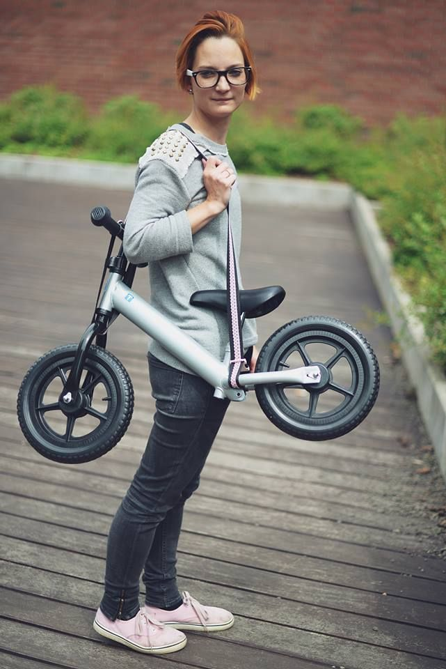 The Pocket Trailer is a special strap for kid's running bike and motor. You can hang up the bike and motor on the baby buggy or your shoulder. The Pocket Trailer decorated with lace. It is fashionable, stylish and feminine. Webshop: www.pockettrailer.hu Photo: www.pixelmuvek.com