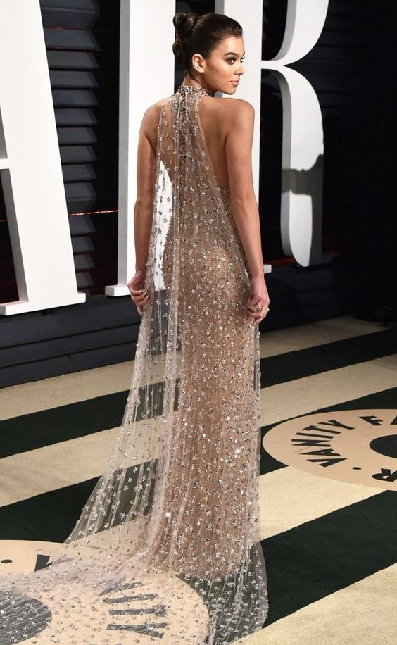 Best Dressed Celebrities: See Their Dresses From the Back - Hailee Seinfeld in Ralph & Russo