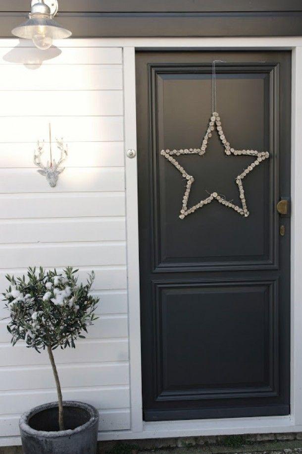 Stoere DIY kerst ster voor aan je deur! Kijk voor meer foto's... Door lekkerfris