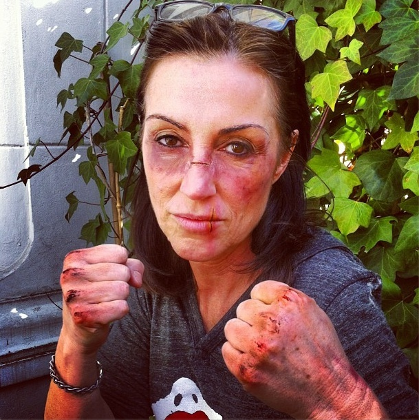 Sheila McKenna covered in Kett FX bruises and cuts as part of our FX workshop at Maske Berlin in Germany