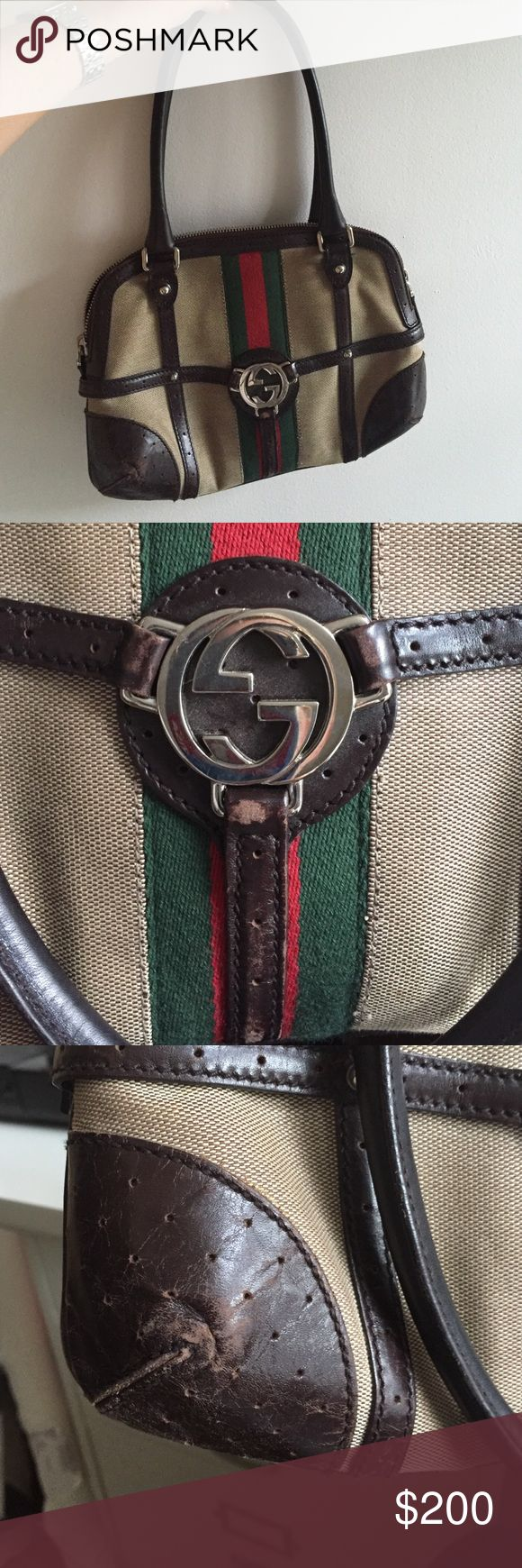 Gucci purse Authentic gucci purse - good used condition. Some signs of wear on exterior. See photos. Bags Shoulder Bags