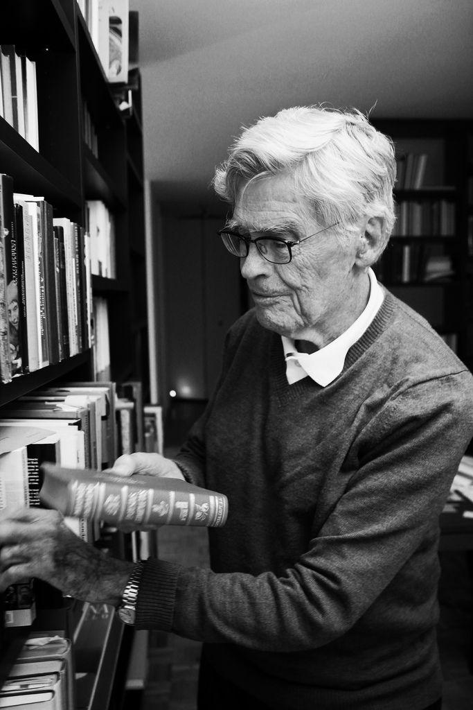 Mario Bunge  By Dr. Adolfo Vásquez Rocca Filosofía