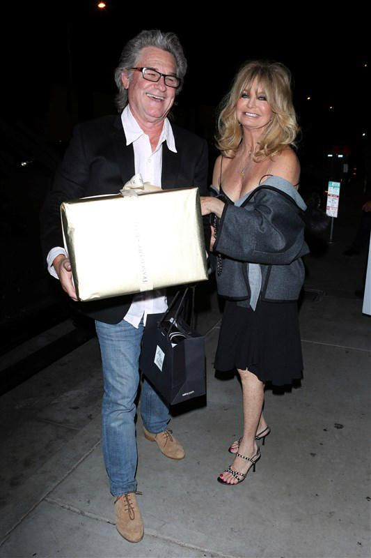 Inside Goldie Hawn's 71st birthday party weekend