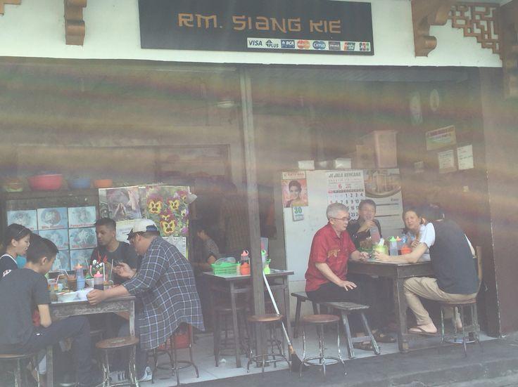 breakfast with noodles at bakmi Siang Kie, Semarang, Central Java