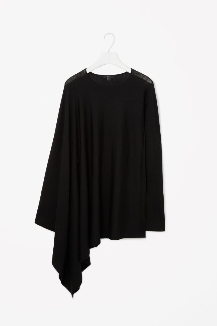 Asymmetric sleeve jumper