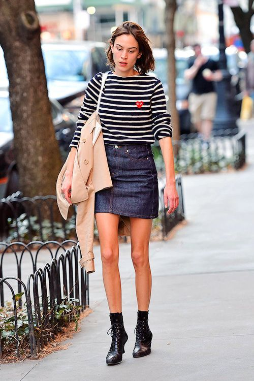 Alexa Chung out and about in NYC - April 1, 2016   AlexaChung.Tumblr.com   Bloglovin'