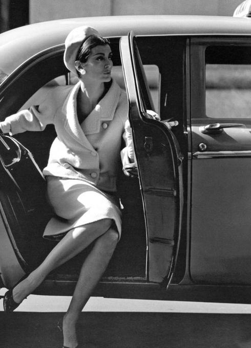 Jerry Schatzberg.  Carmen Dell Orefice , New York 1958.