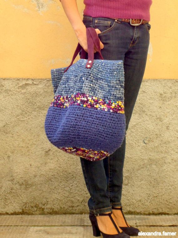 Great look for this large bag. Shades of blues. by AlexandraFamer