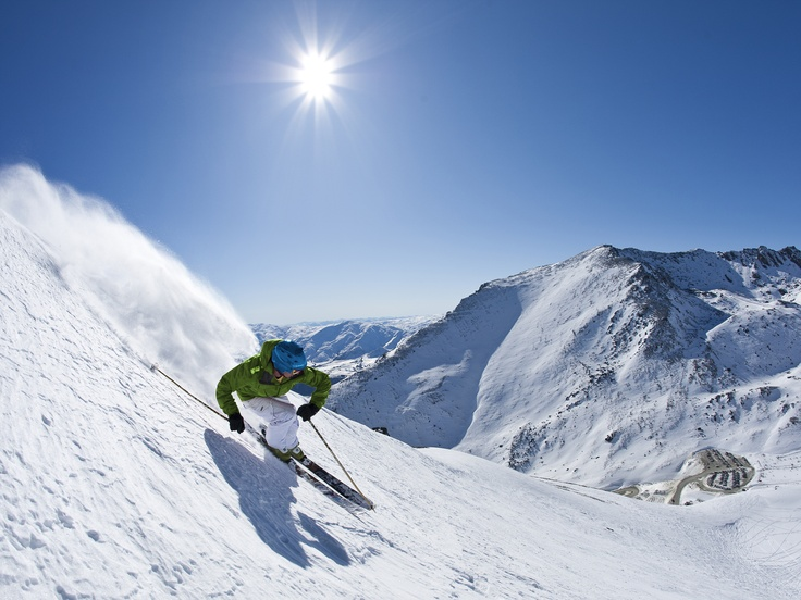 Catch the Snowline to New Zealand's iconic skifields - The Remarkables & Coronet Peak, Queenstown