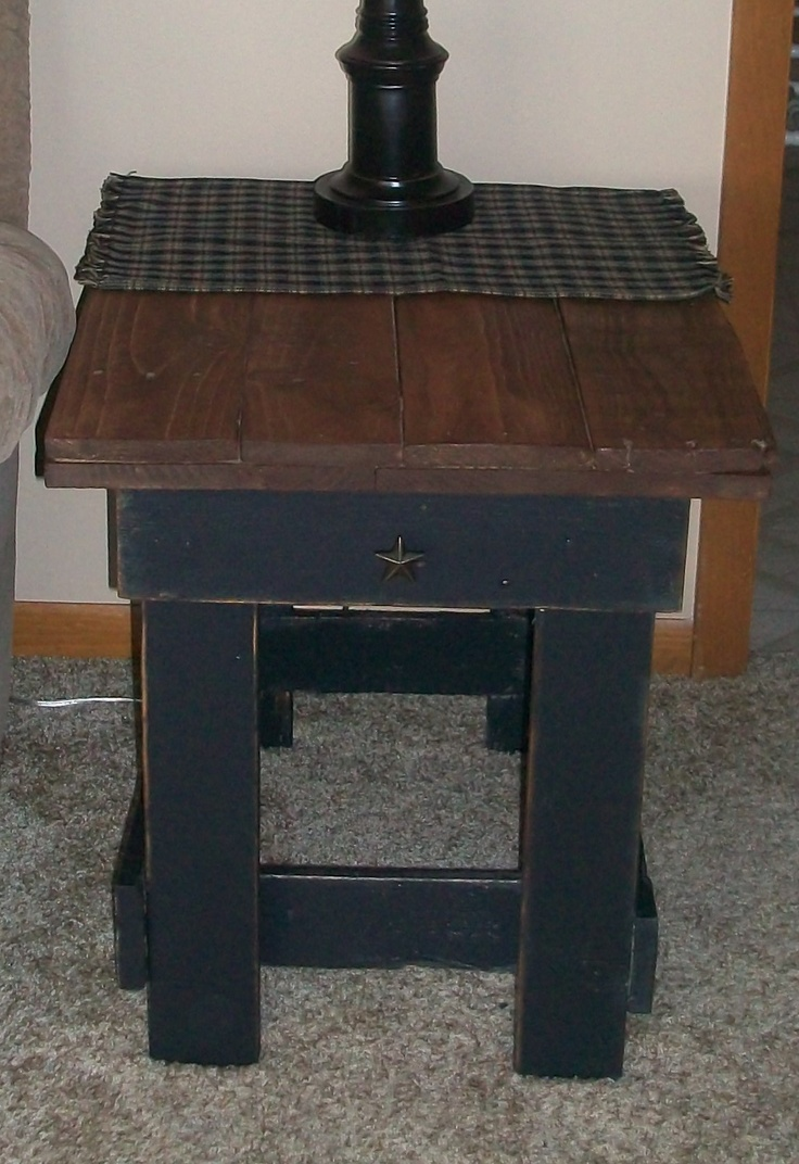 Diy primitive furniture - Find This Pin And More On Primitive Wood Crafts