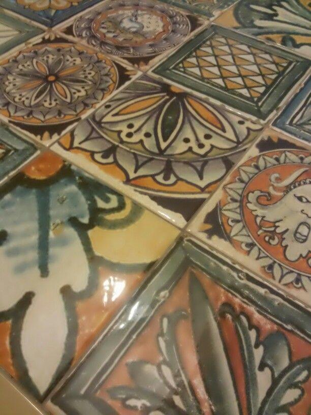 Corti di Canepa di Ceramica Faetano Decoro in formato 20x20 da rivestimento