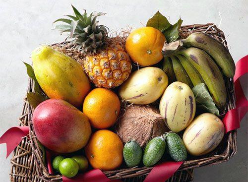 Sa vedem cand si cum putem sa oferim bebelusului aflat in plin proces de diversificare a alimentatiei fructe exotice: avocado, mango, ananas, papaya, kaki, rodie si multe altele.