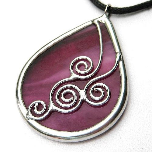 Cranberry stained glass pendant | Flickr - Photo Sharing!