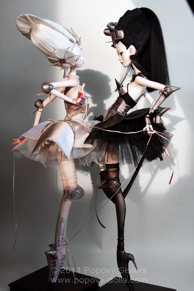 popovy dolls - love the gothic look to these art dolls