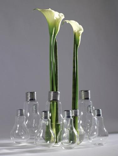 #Vase #ampoule @SERAX #design Catherine Grandidier : 24€ http://www.les-esthetes.com/vase-ampoule-edison
